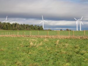800px-Findhorn_wind_turbines