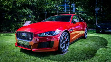 jaguar-xe-3_paul-gravestock_flickr