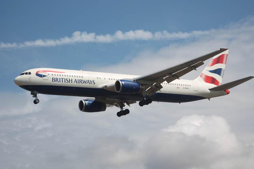 Heathrow plane_Charlie_Flickr